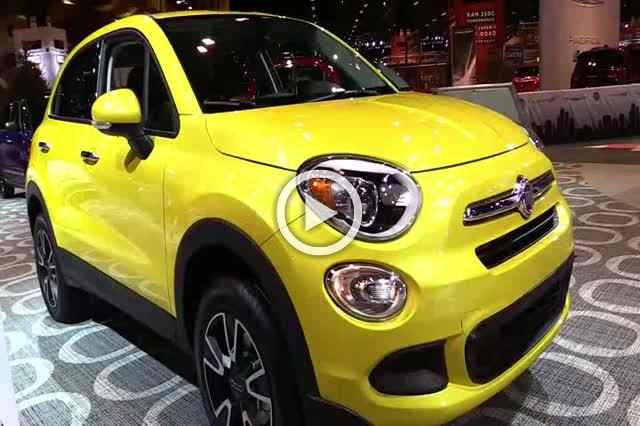 2017 Fiat 500X Exterior and Interior Walkaround Part III