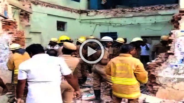 8 Die In Tamil Nadu Bus Depot Collapse