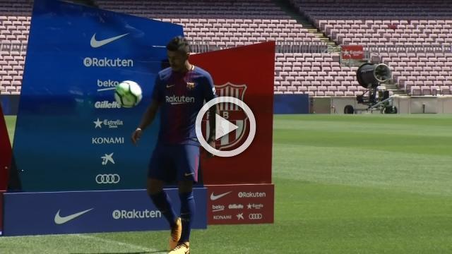 Paulinho on show for Barcelona
