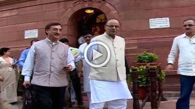 GST Row- Arun Jaitley Slashed Down Tax Rates On 178 Items Applicable From 15th Nov