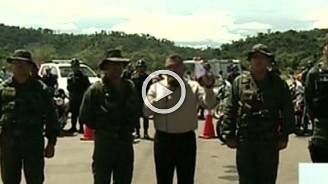 Venezuela gvt blames opposition governor for jail 'massacre'