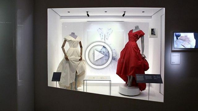 Balenciaga in London, a Major Exhibition at the Victoria & Albert Museum